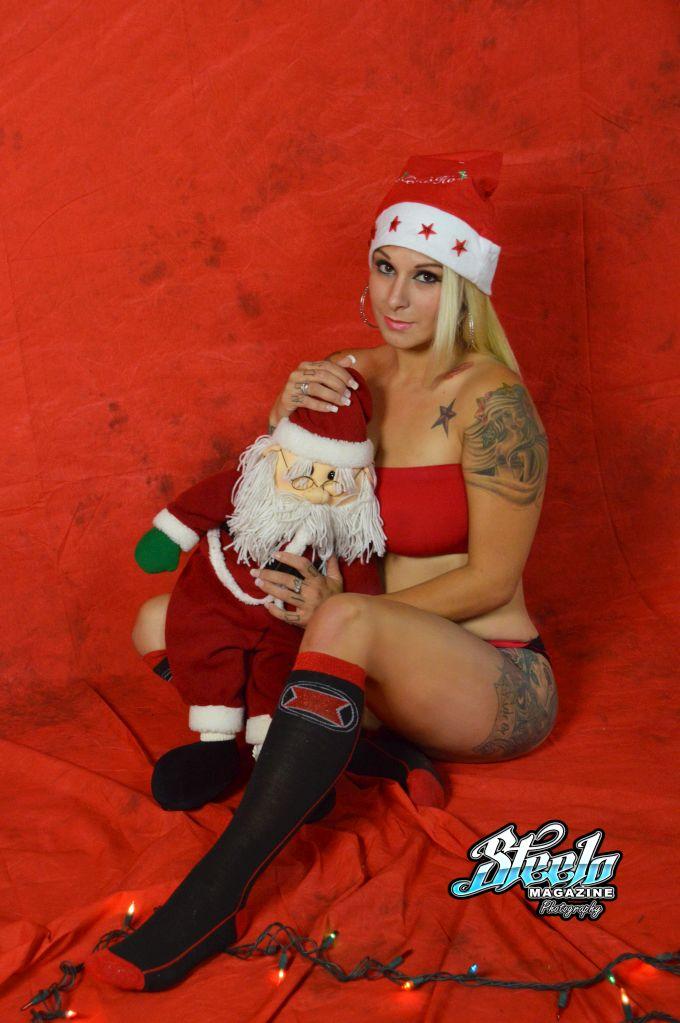 Justina Christmas Shoot (387)